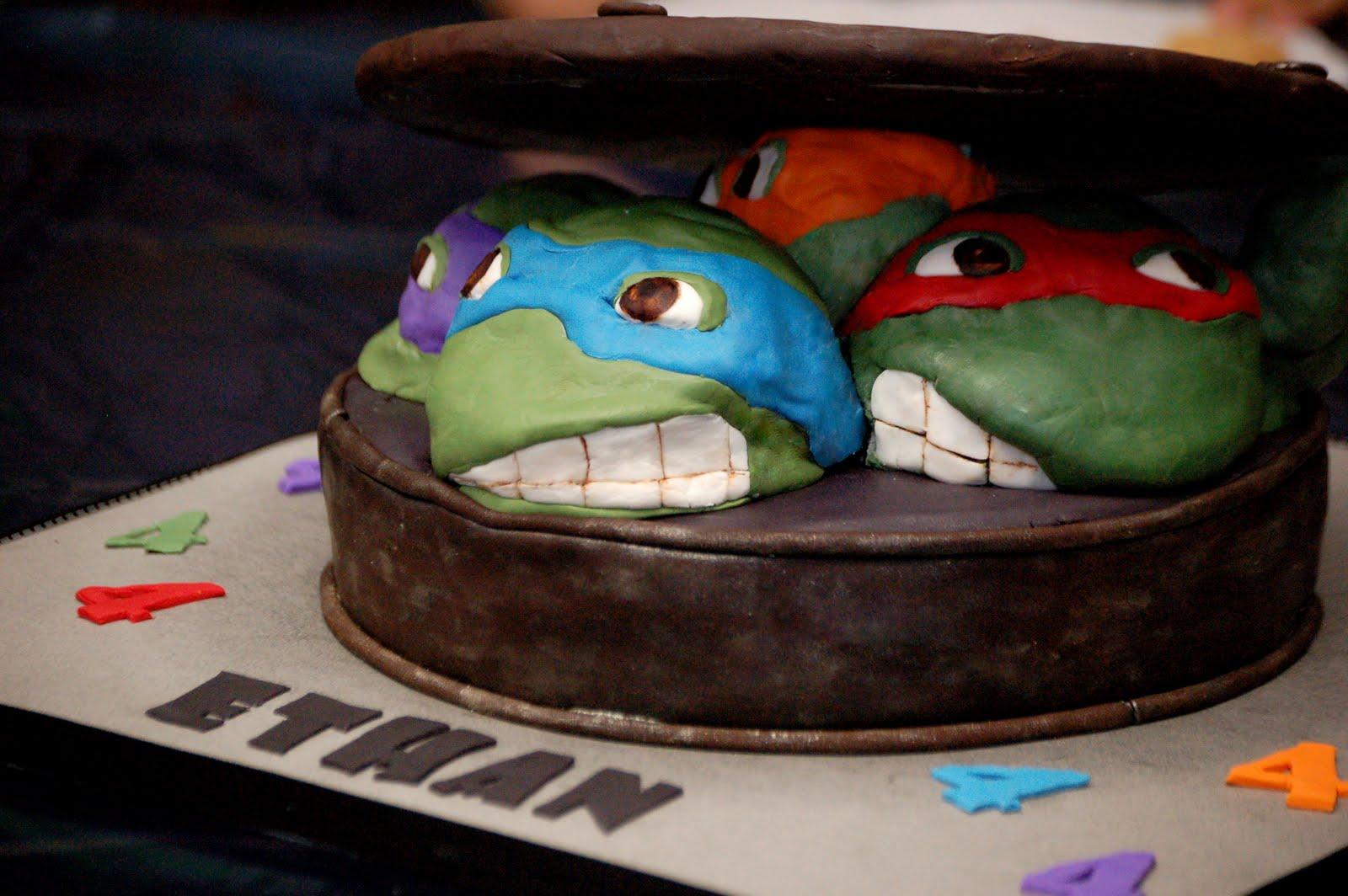 Teenage Mutant Ninja Turtles Cake Amp Cupcakes