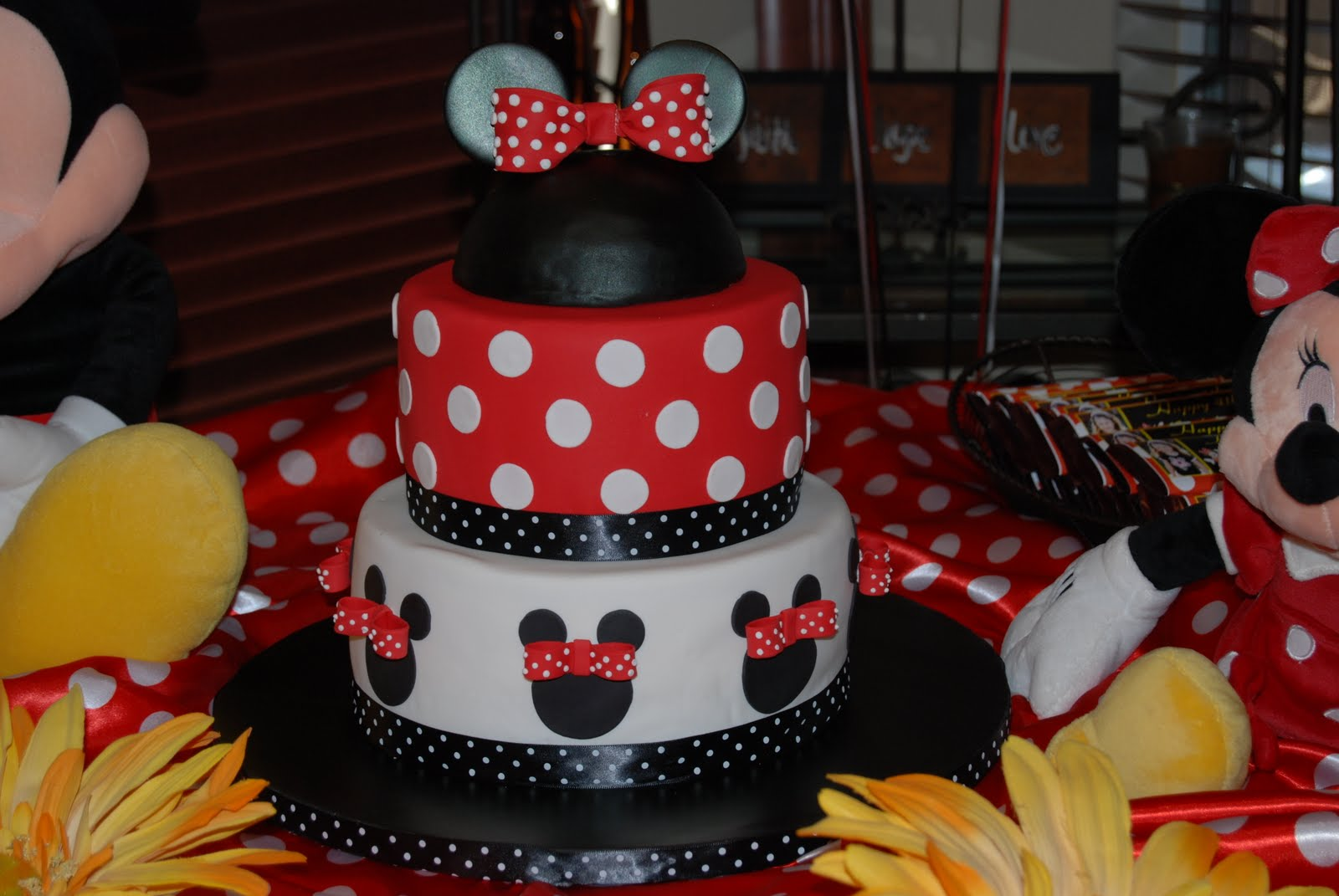 Susie S Gallery Of Cakes Minnie Mouse Cake