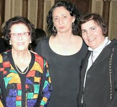 """Alice Varajão recebe prêmio """"Cultura e Divulgação"""""""