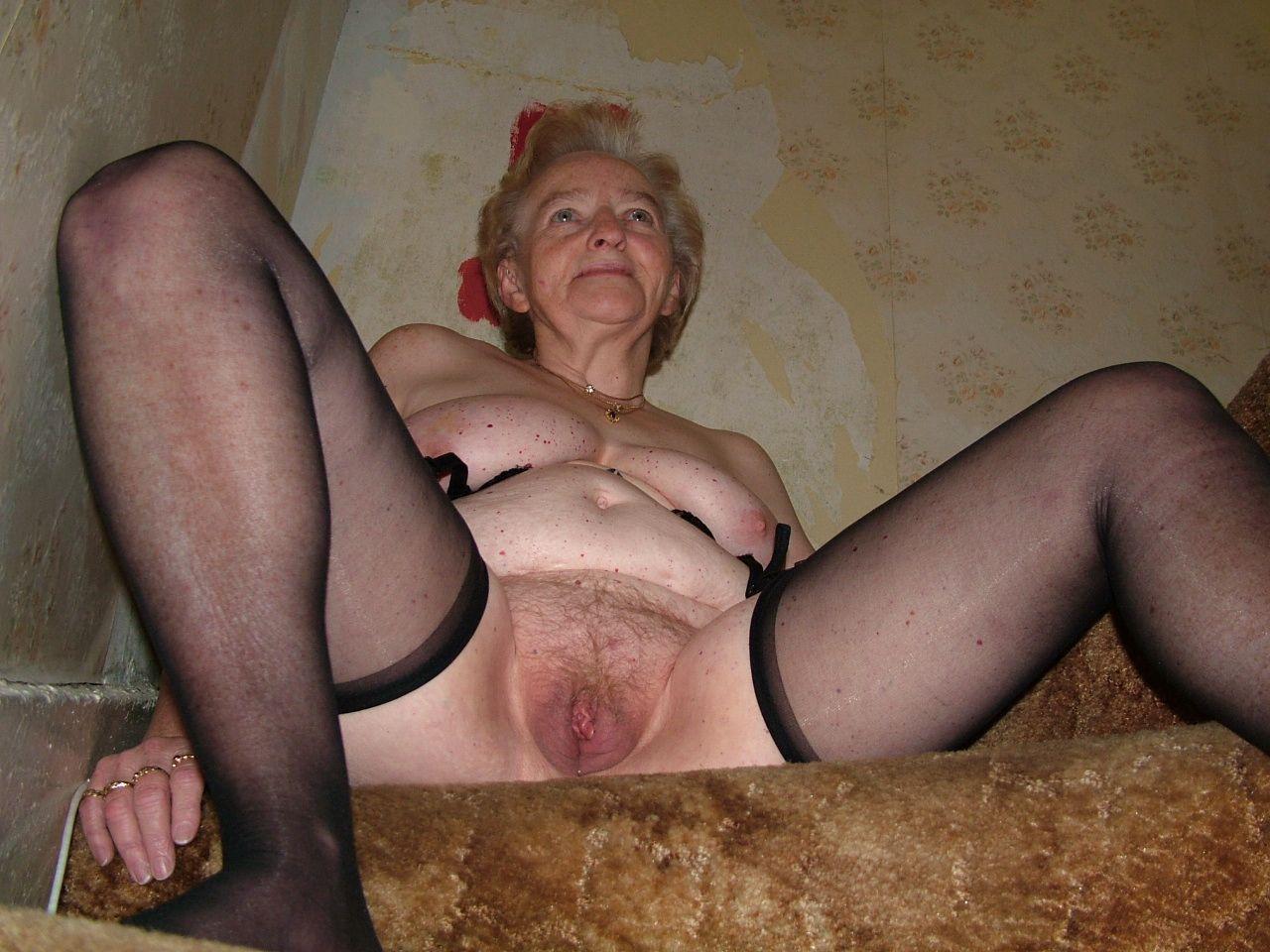 Granny Paradies 46