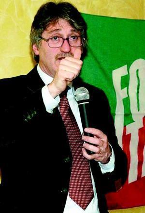 Renzo Tondo: finaziaria 2010 di rigore con lo stop agli sprechi e alle spese non obbligatorie