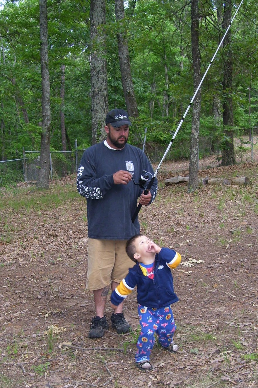 [daddy&cash+fishing+pole.jpg]