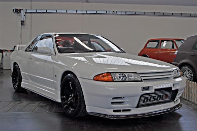 Car Show White Nissan Skyline GTR