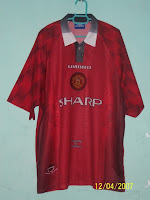 afd944c0bb3 (Top)  1996-1998 Man United Home Jersey (XXL) (Bottom)  1996-1998 Man  United Home Socks (L)