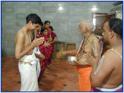 temples-spirituality-god-ap-politics-telangana-pol
