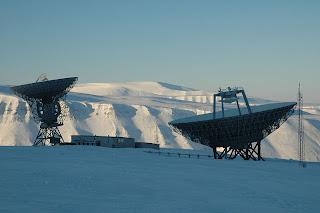 Svalbard radio dishes