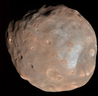 Phobos in colour