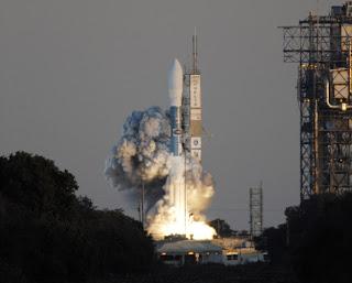 Nasa photo of Themis launch