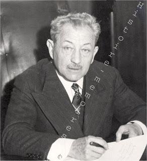 Proche d'Eugène DELONCLE , c'est un des fondateurs en Octobre 1940 du MSR