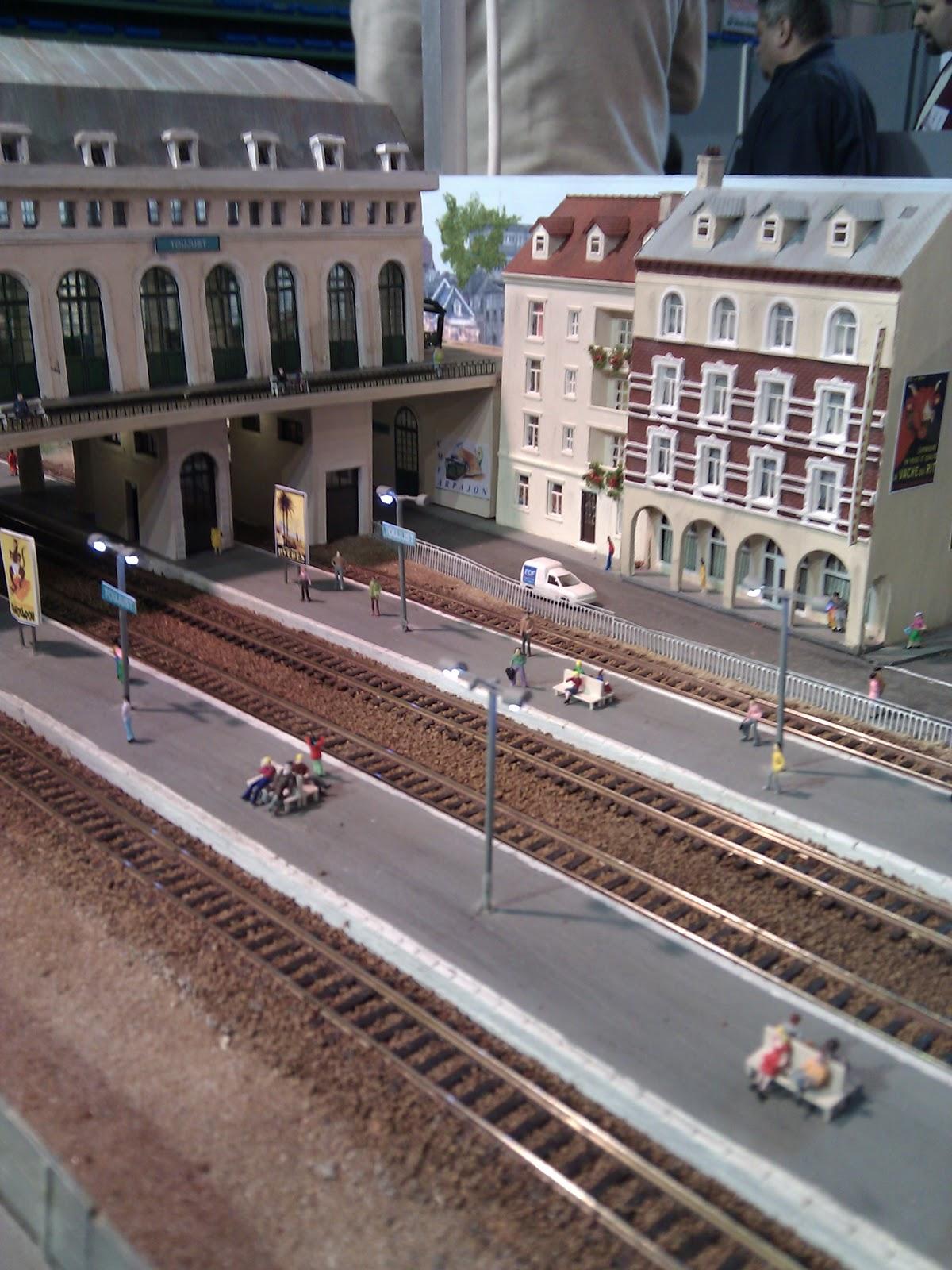 Echelle Bibliotheque Sur Rail rail expo 2010 : club modélisme ferroviaire arpajonnais, un