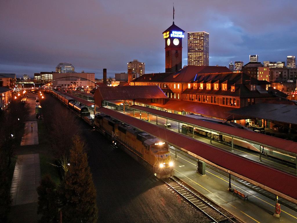 Portland Oregon USA skyline streets