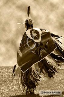 photo artistique danseuse amerindienne