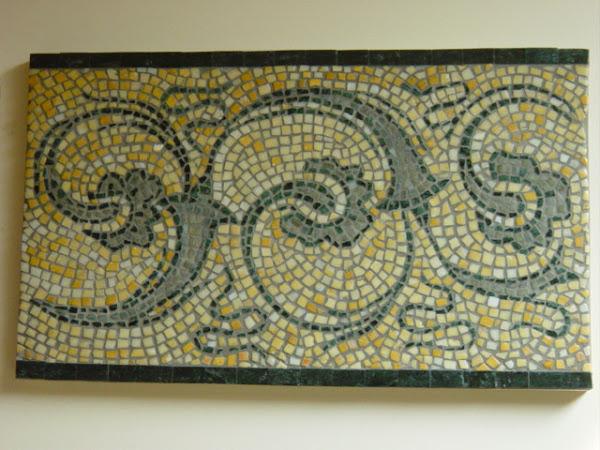 frise de ravenne en marbre poli