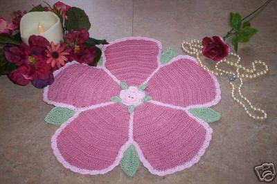 tapete de flor retirado da net irei fazer para minha princesinha.