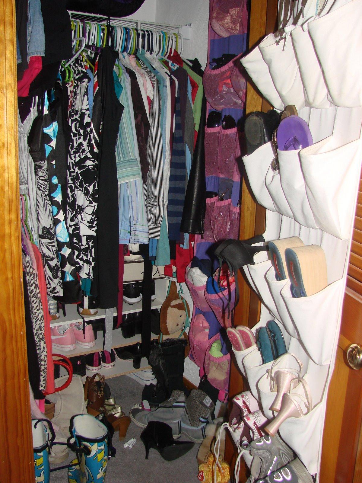 [dirty+closet.JPG]