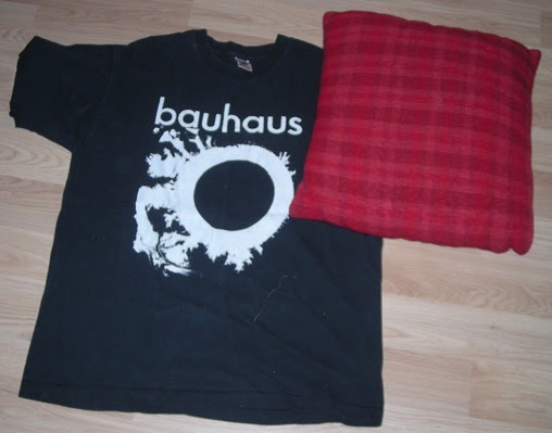 Vegetalion How To Turn A T Shirt Into A Pillow Sham