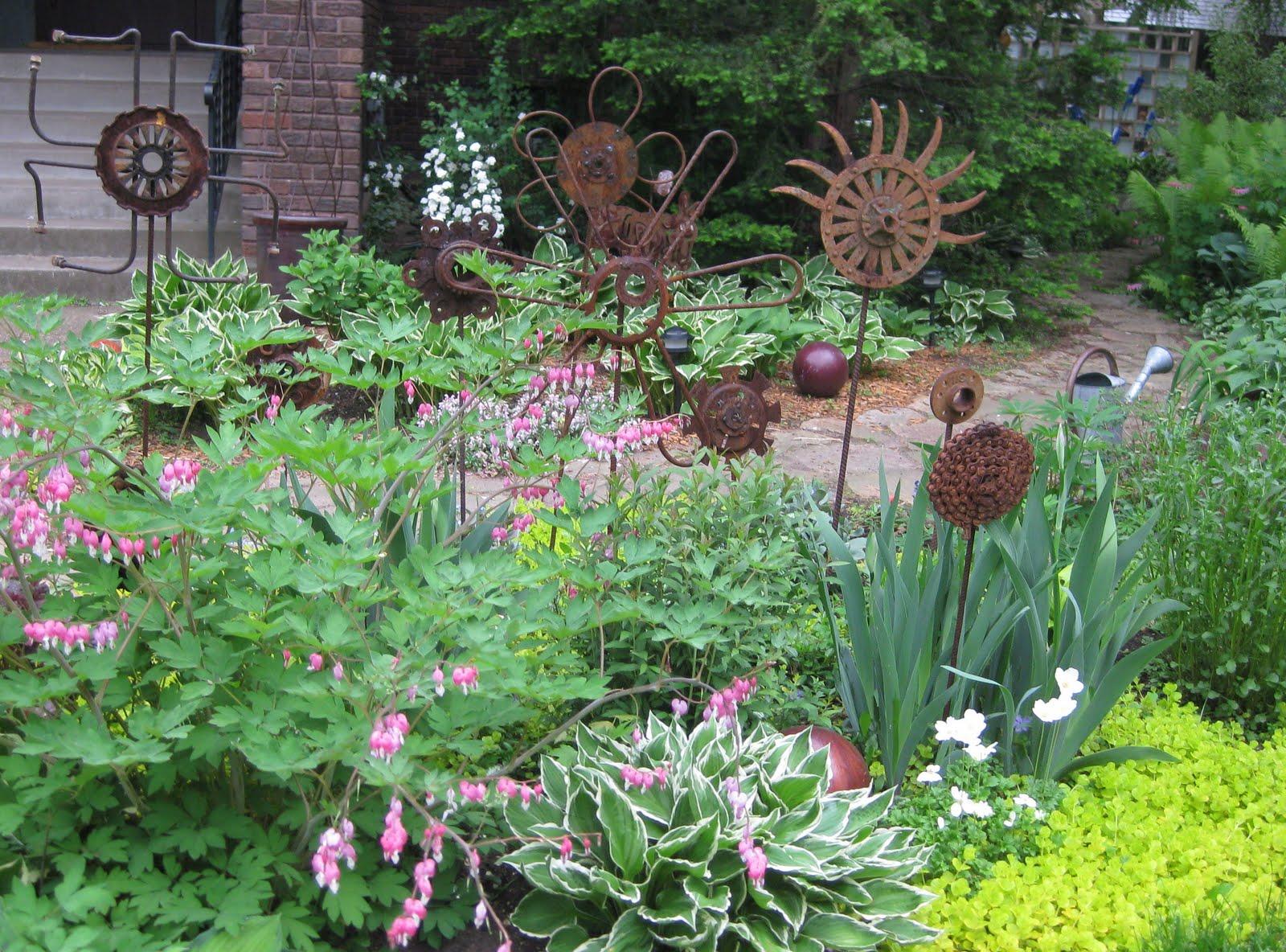 Carol S Garden: Next Door Laura: Carol's Garden