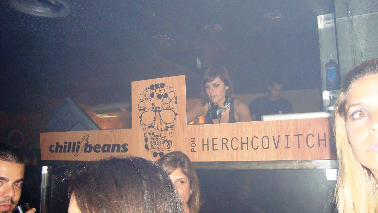 d9a7d00105472 A festa de lançamento da coleção Chilli Beans por Herchcovitch, foi bem  legal. Quem não foi perdeuuuuu!