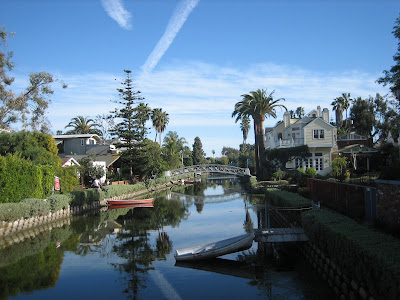 venice canals los angeles boat rentals