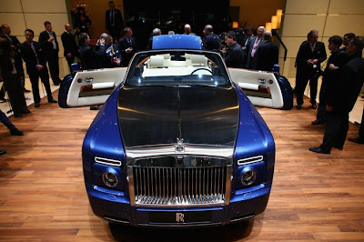 Photo Rolls-Royce Phantom Drophead