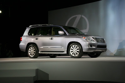 2008 Lexus LX 570 at the New York Auto Show