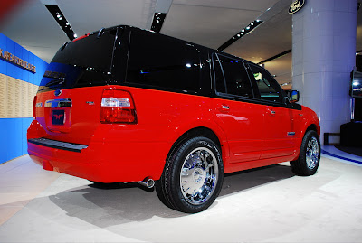 NY Auto Show 2008 Ford Expedition Funkmaster Flex Edition