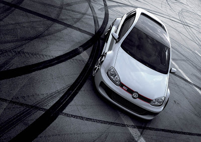 Volkswagen Golf GTI W12 650