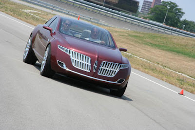 Lincoln MKR concept