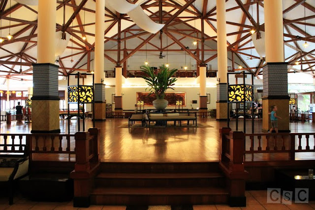Beautifully designed lobby of Bintan Lagoon Resort