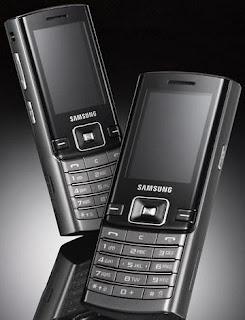 Samsung D780 Duos double sim phone