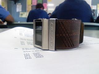 Nokia 6120 a cheap 3g mobile phone