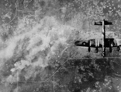 world war 2 planes bombing. world war 2 planes bombing.