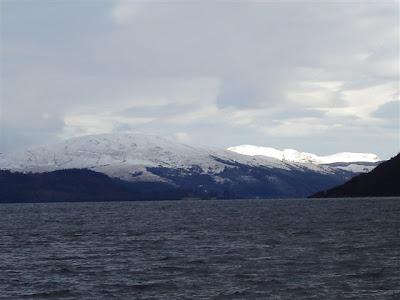 Scotland-Light-Loch-Mountain-Snow-Water