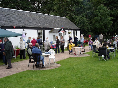 Scottish-Highland-Bagpipes-Loch-Fyne