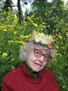 Babushka Ursula Malbin ein hod ,בבושקה אורסולה עין-הוד