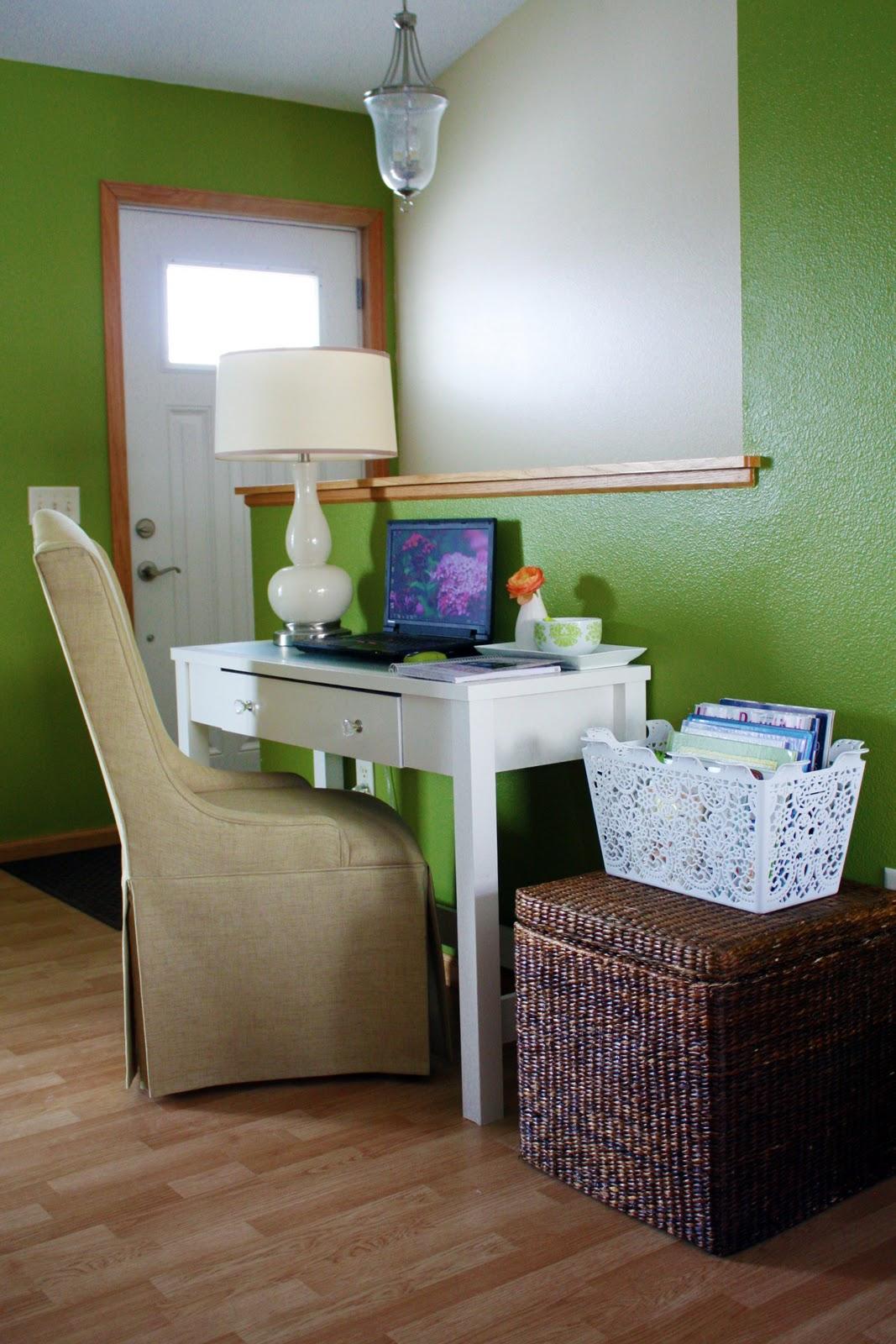 enchanting living room computer desk | IHeart Organizing: Tray Bien