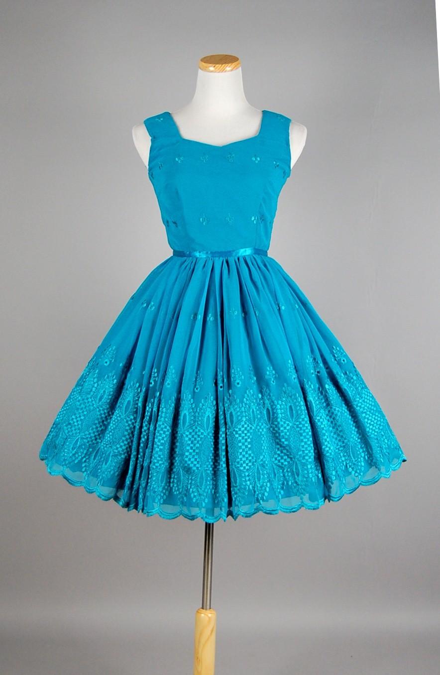 Dress With Full Skirt 60