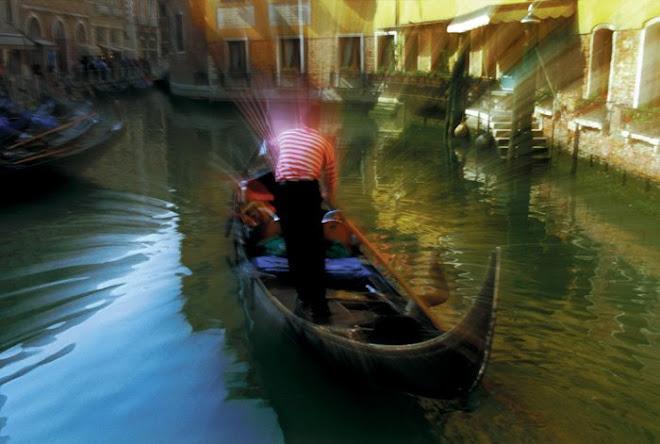 VENICE ITALY_ Zoom Gondola