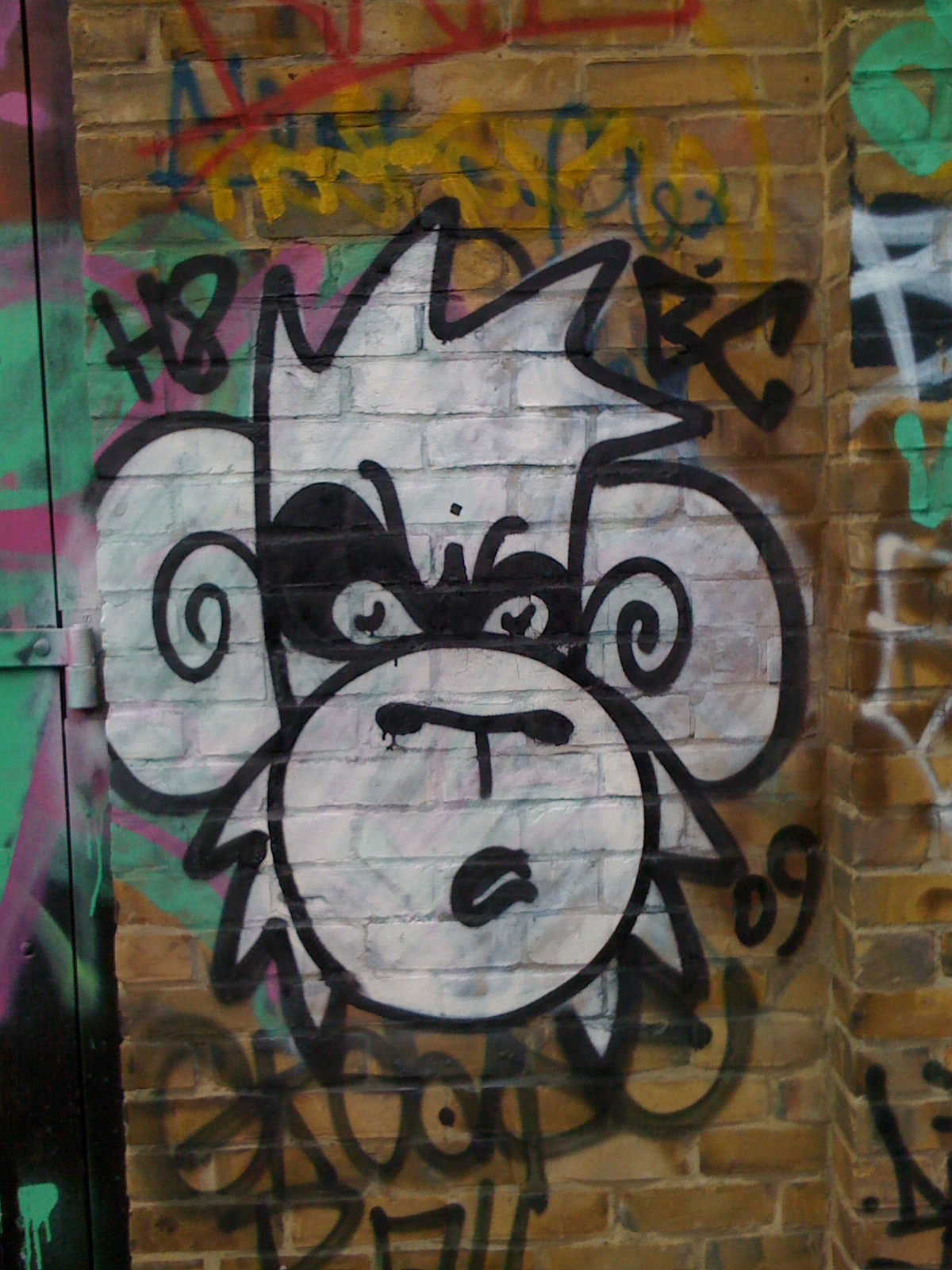 Thoroughly Modern Monkeys: Sightings