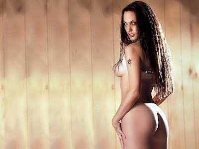 angelina jolie naked player