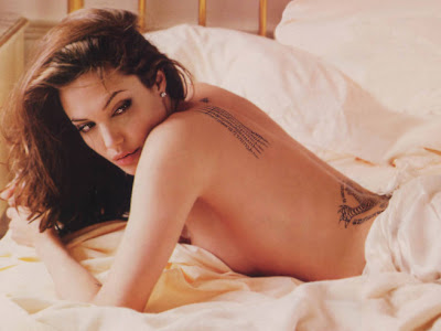 angelina jolie foto. Angelina Jolie Naked