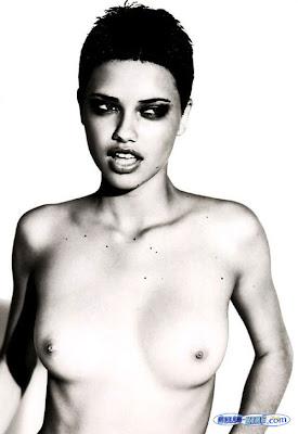 amber valletta nude gallery