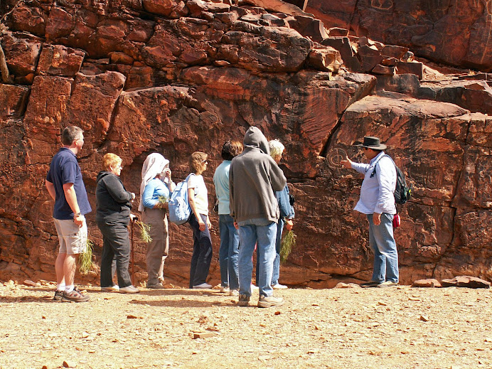 Bookabee tour to a traditional etching site.