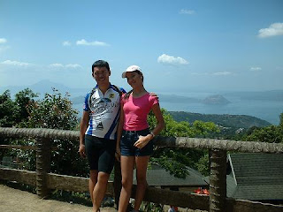 Raymond, of Rocka #1 Bikeshop, and his daughter in beautiful scenery in the Philippines