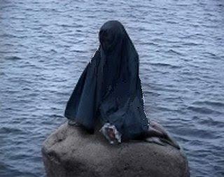 Manifestation au Danemark contre le voile dans Actions denlillehavfrue_burka