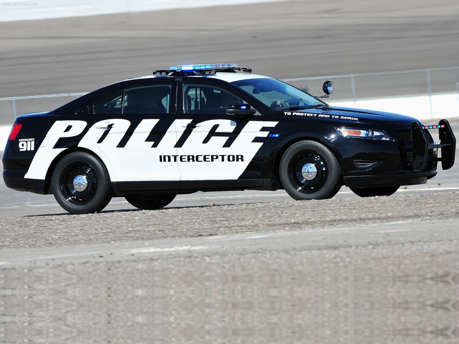 Ford Police Interceptor Concept X Wallpaper on 05 Dodge Magnum Rt Specs