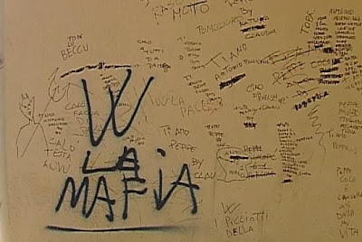 scritte w la mafia