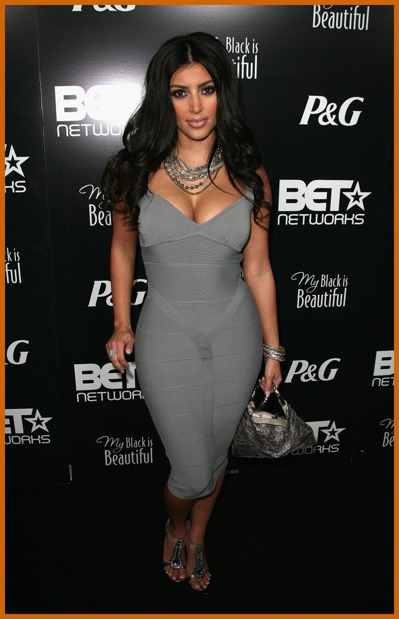 Hollywoodish Kim Kardashian In Tight Dresses