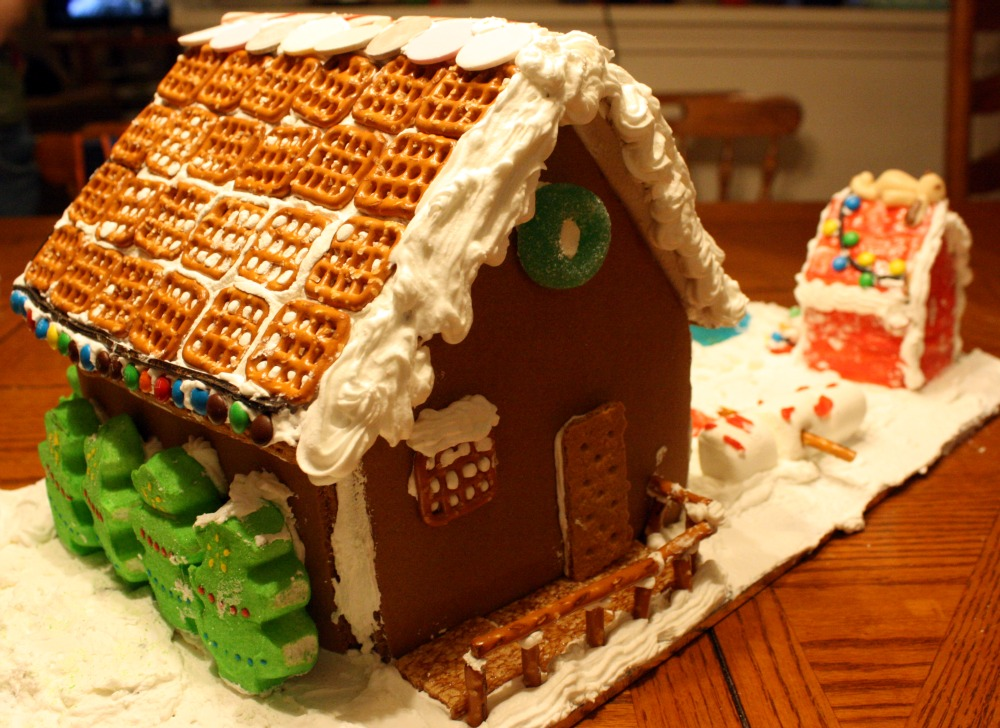 Gingerbread Log Cake