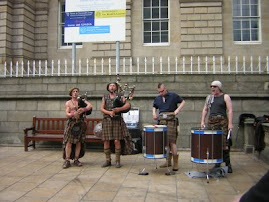 Scottish band on Edinburgh´s Prince Street